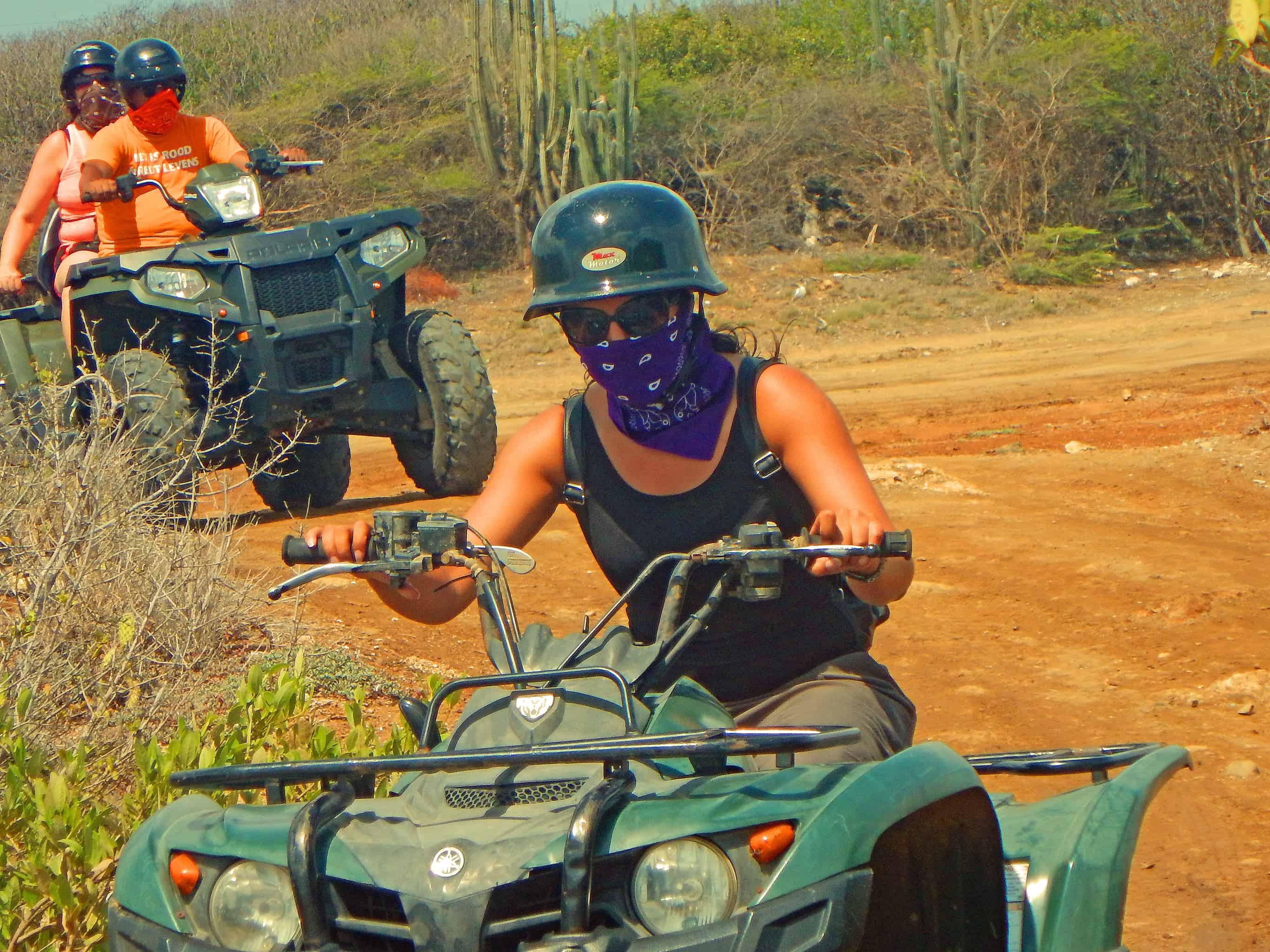 ATV Tours Quad Curacao Eric ATV 4 - Quad Todoterreno en Curaçao