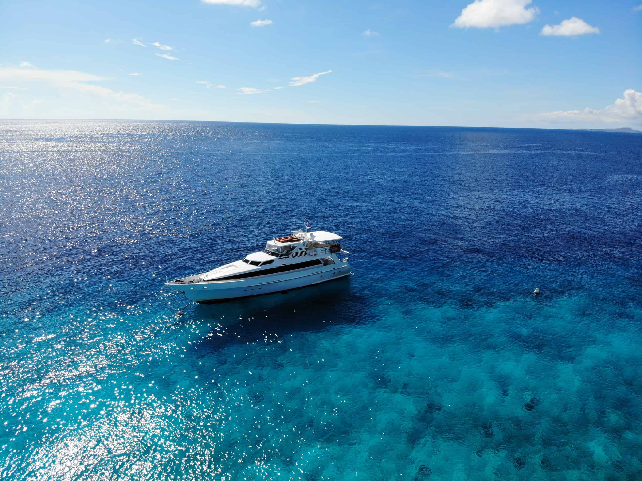 Boat trip to Klein Curaçao Miss Ann 3