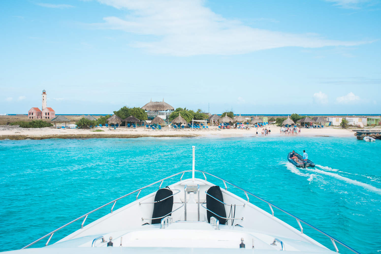 Boat trip to Klein Curaçao Miss Ann 6