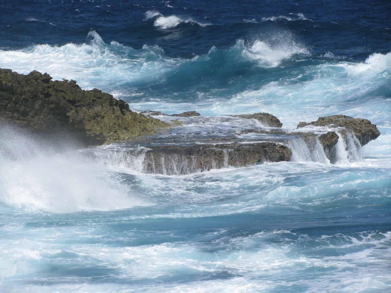 Curacao Island Shete Boca 2