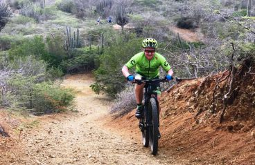 Mountain Biking in Curacao 10