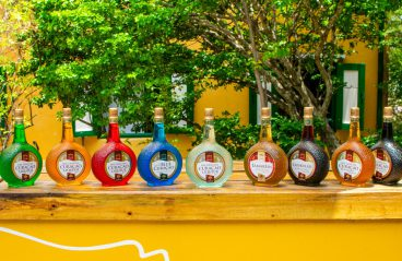 Blue Curaçao Liqueur Bar