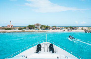 Boat Trip to Klein Curaçao Miss Ann
