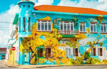 skalo-mural-art-on-curacao