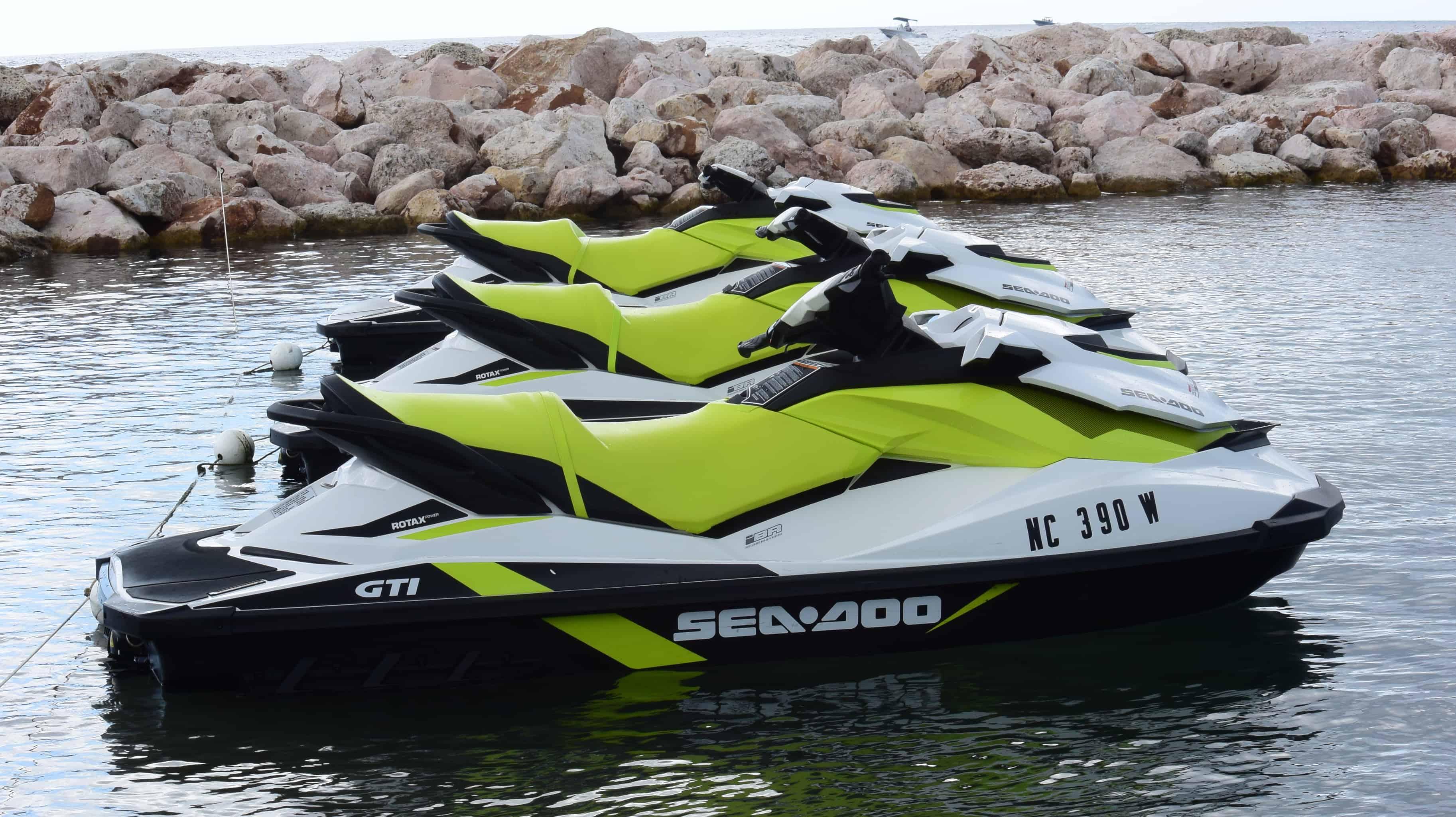 Jet Ski Mambo Curacao 1