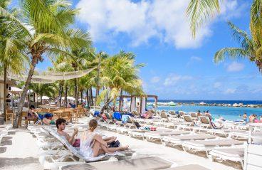 Mambo Beach Curacao 2