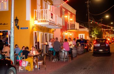 nightlife-curacao-pietermaai-miles-jazz-cafe