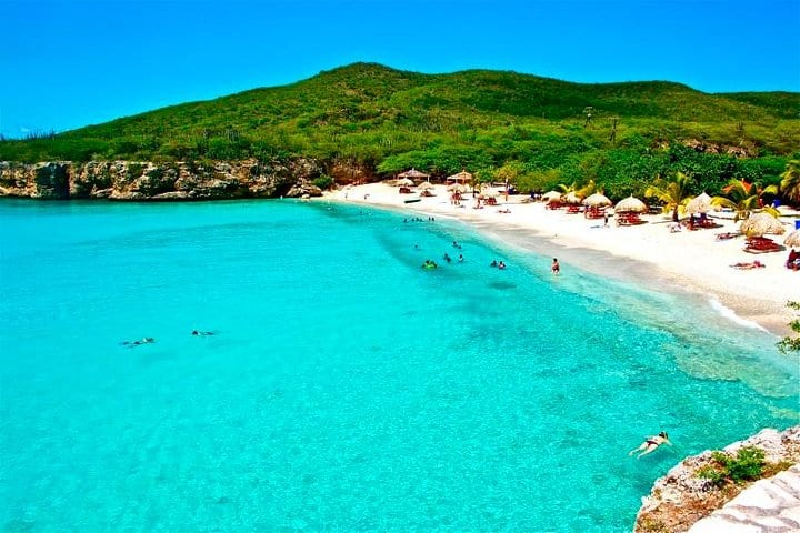 Curacao Beach Hopping - Irie Tours 3