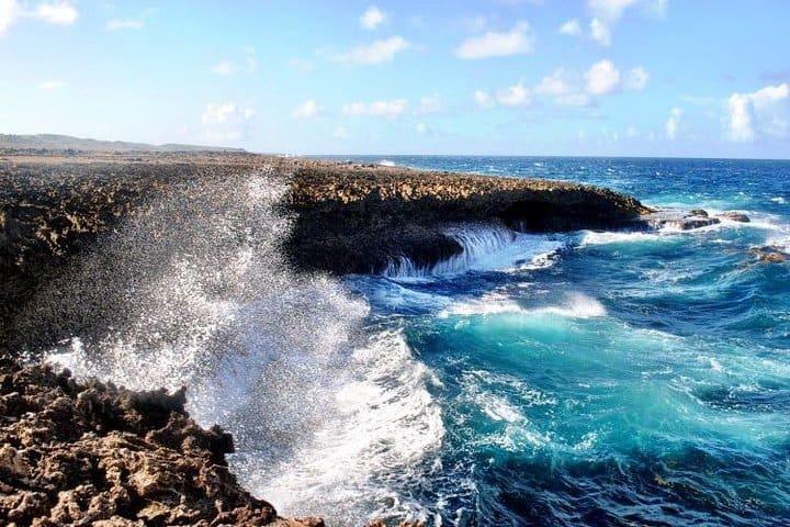 Curacao Beach Hopping - Irie Tours 4