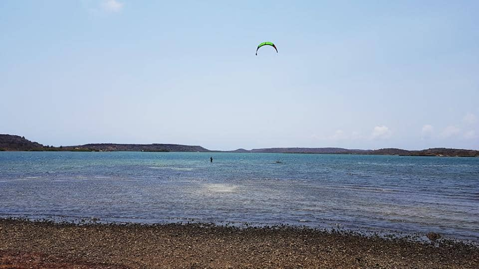 Kiteboarding in Curacao at Sint Joris 3