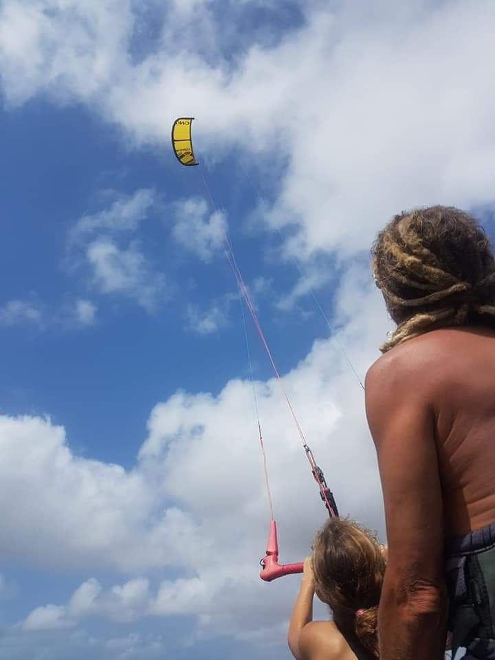 Kiteboarding in Curacao at Sint Joris 4