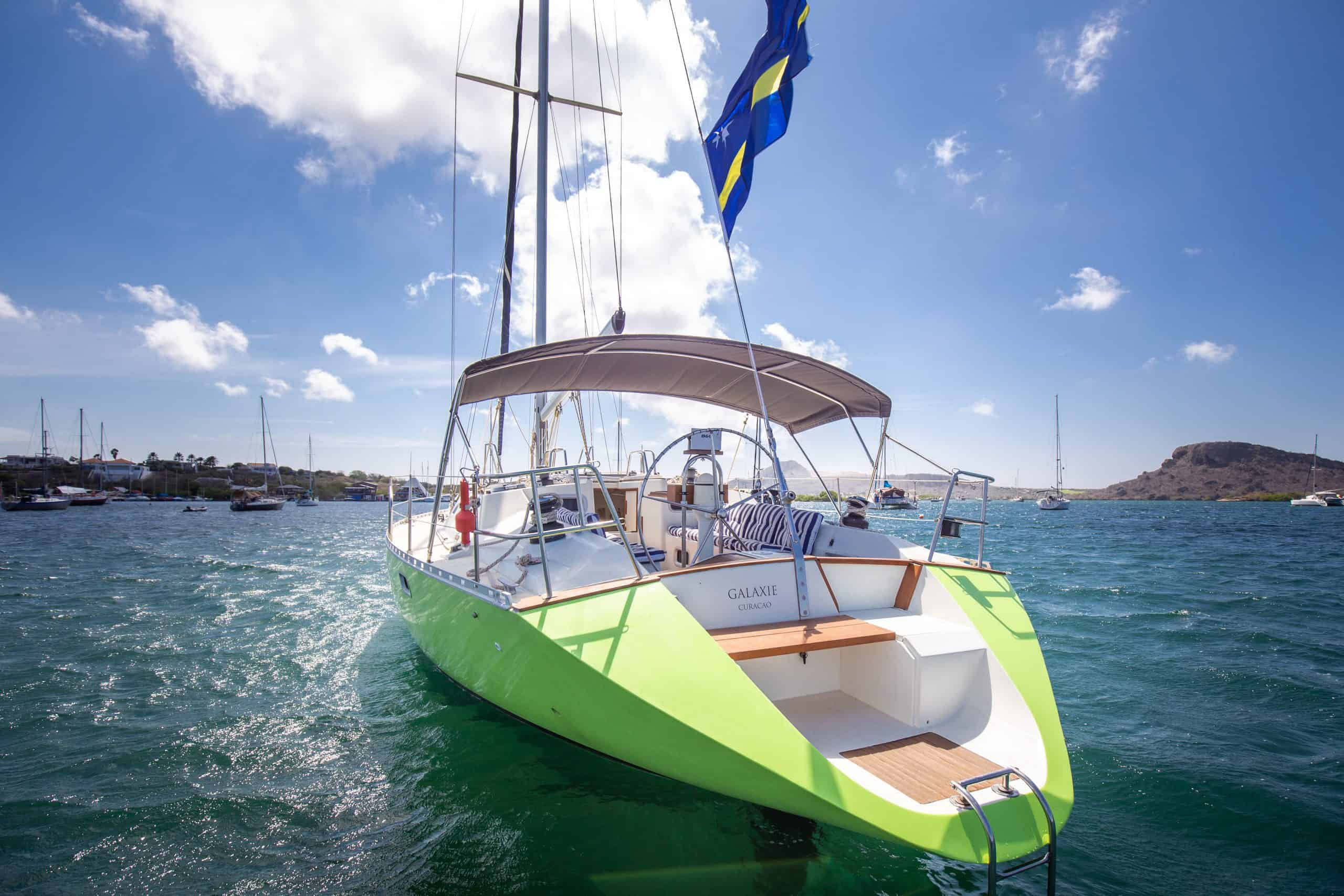 Maxie Sailing Curacao 2020 - private charter curacao boat tours